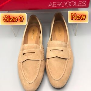 Aerosoles Brand New Women's Suede Oatmeal color 9